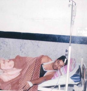 Hindu extremists threatened Pastor Samuel Kim in his hospital bed in Kannur village, Karnataka.