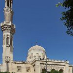 Omar ibn Abd el-Aziz mosque, Beni Suef, Egypt. (Roland Unger, Wikipedia)