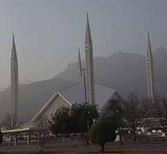 Faisal Mosque in Islamabad, Pakistan, where Muslims engaged in persecution of Christians. (Wikipedia)