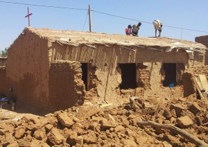 Workers tear down church building in Omdurman, Sudan. (Morning Star News)