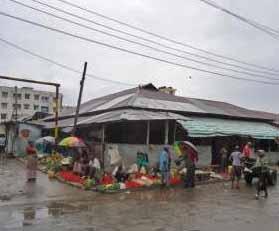 Street scene in Majengo area of Mombasa, Kenya. (Morning Star News via olx.co.ke)