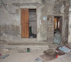 Doors of two Christian houses broken by Muslim mobs in Lahore, Pakistan. (Morning Star News)