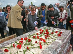 Susanne Geske, widow of martyr Tilmann Geske, after memorial ceremony for Uğur Yüksel in 2014. (Morning-Star-News)