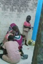 Synod guard's wife and her three children in jail in Omdurman, Sudan. (Morning Star News)