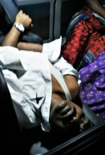 Pastor Paul Stephen being taken to hospital for treatment after beating by Hindu extremists. (Morning Star News)