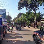 Malindi-Garsen road, Kenya. (Wikipedia, Andrea Albini)