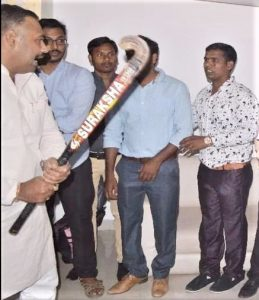 Hindu extremists attack Pastor Ravi Kumar (right) and other Christians in Agra, Uttar Pradesh, India. (Morning Star News)