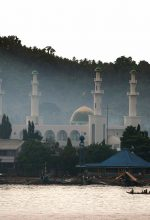 Tulay Central Mosque in Jolo, Sulu Province, Philippines. (Wikipedia, Al Jacinto)