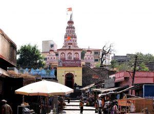 Siddhivinayak Temple in Siddhatek, Maharashtra state, India. (Wikipedia, Borayin Maitreya Larios)