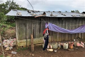 Shack where the Pérez family has taken refuge in Mitontic, Chiapas, Mexico. (Morning Star News photo courtesy of Foto Federico Sarao)